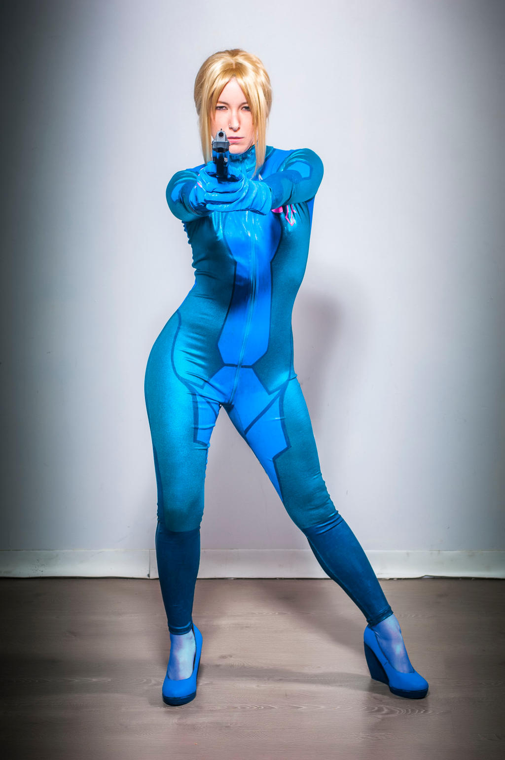 Samus cosplay 1 by Mistress-Zelda