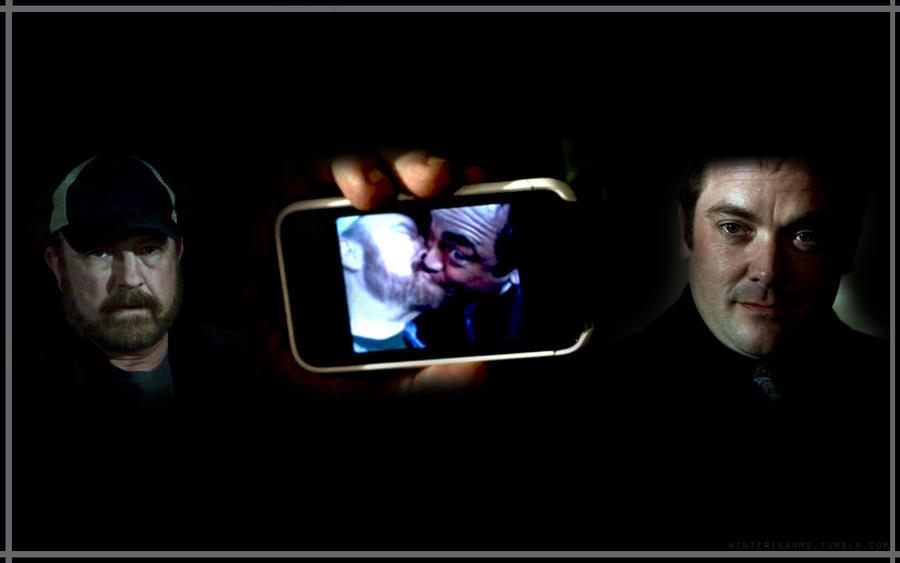 http://fc02.deviantart.net/fs70/i/2010/236/7/5/Bobby_and_Crowley_by_beautifully_bizarre.jpg