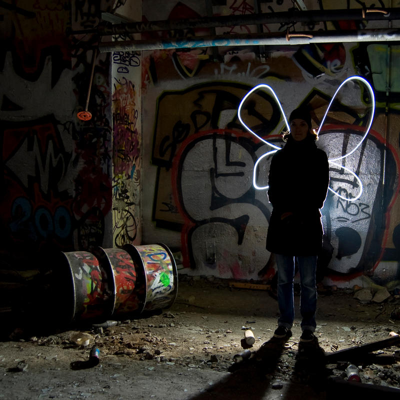 Lightpainting - Angel by OrangeUtan