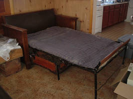 Old Pull-Out Bed 02 by venom-stock