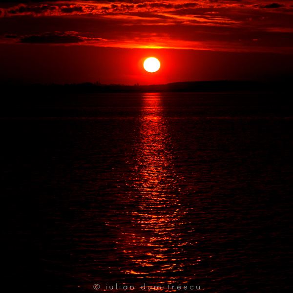 Red eye in the sky by ScorpionEntity