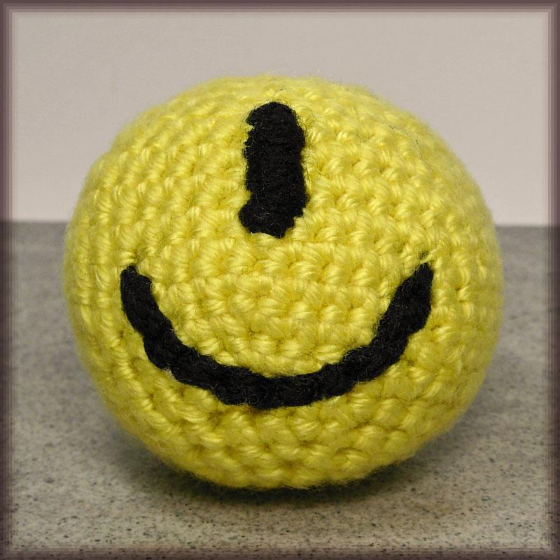Cy - Amigurumi Smiley Ball by MajorTommy on DeviantArt