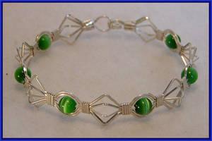 Green Optic Diamonds Bracelet by MajorTommy
