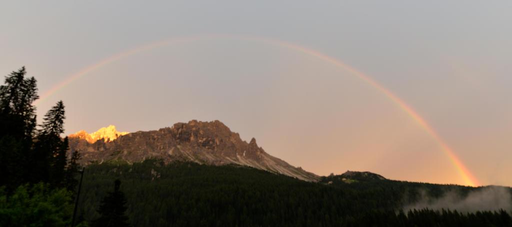 Regenbogen am Misurinasee by lightandsmile69
