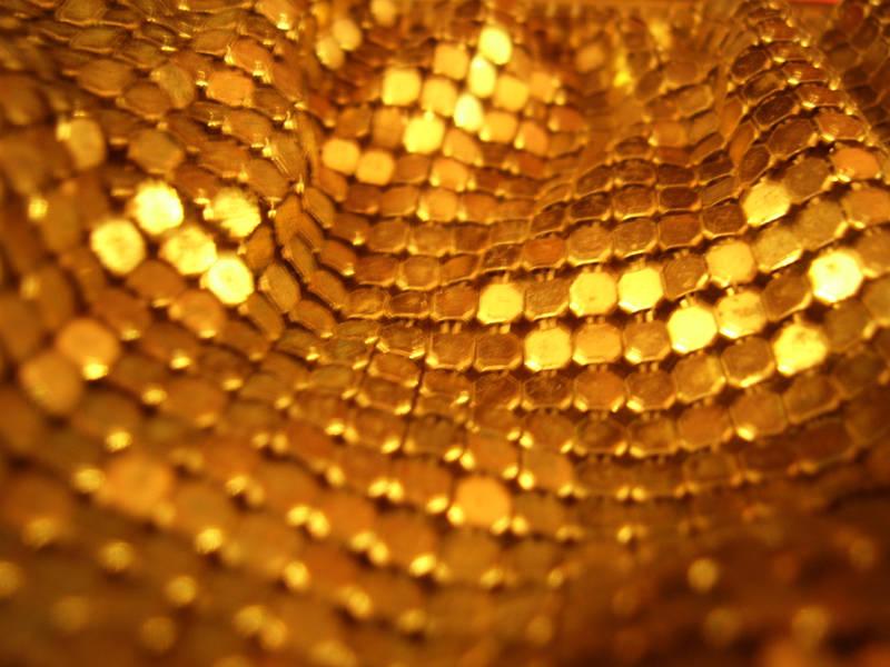 gold sparkles by babyeyes