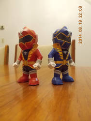 GokaiRed and GokaiBlue Papercraft by DraikenTalkos