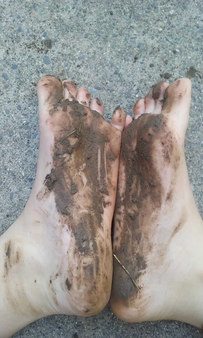 Muddy Feet by Photogenic-Feet-29