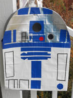 R2-D2 Duck tape back pack by katiesparrow1
