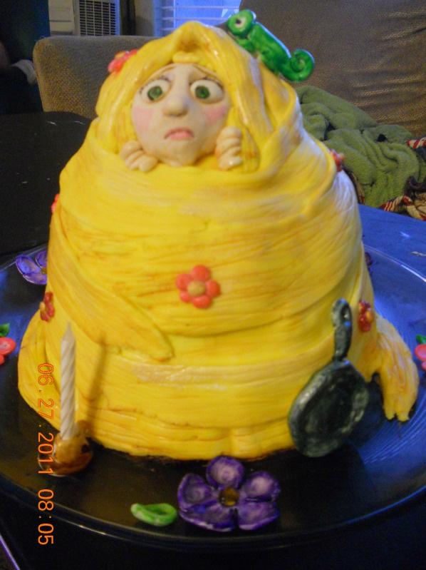 Rapunzel Pascal Cake