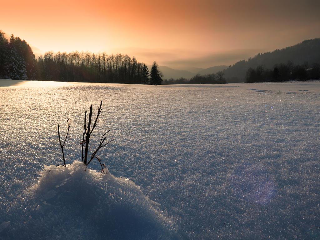 Winter Sundown by VBmonkey26