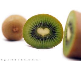 heart shaped kiwi by dkraner