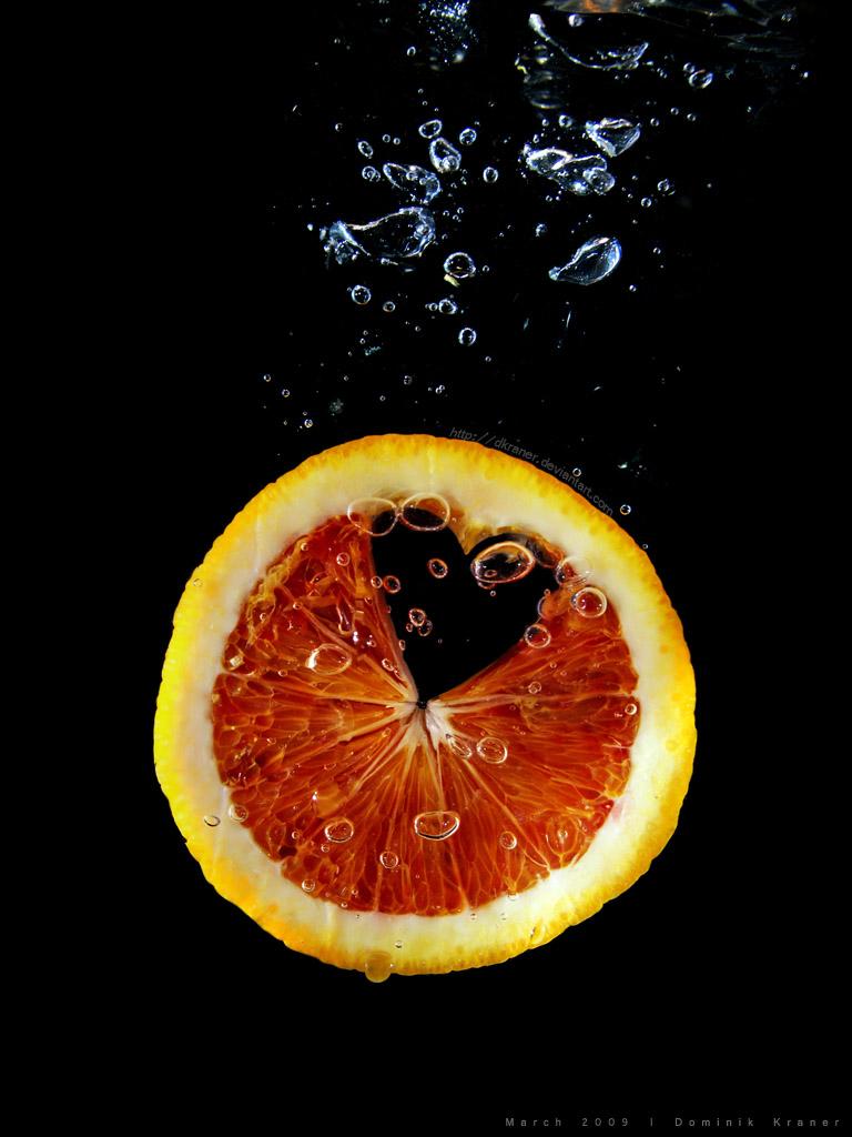 diving blood orange