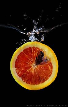 blood orange splashing