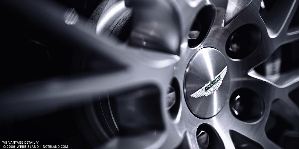 V8 Vantage Detail V by notbland