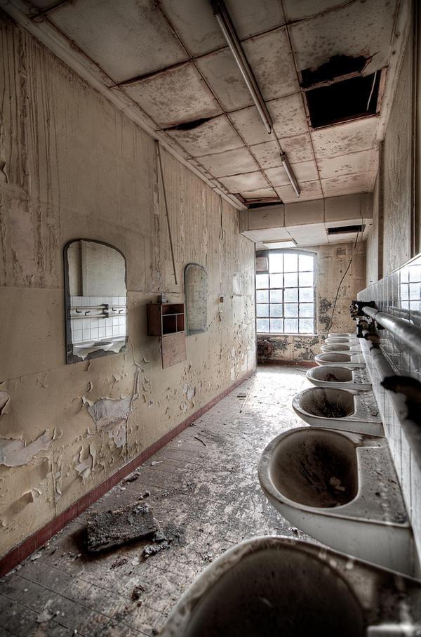 Washroom by Miisamm