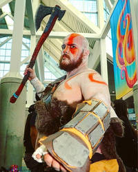 Kratos cosplay at LA Comic Con