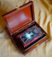 Tarot box with tiger eye stones - with cards