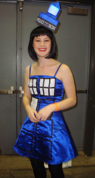 Tardis themed dress doctor who supanova by wolfblitz2 on for Doctor who themed wedding dresses