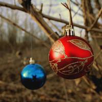 JingleBalls.... by airicalush