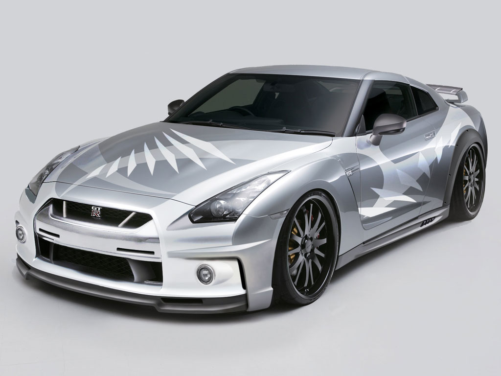 Nissan GT-R graphic design by QieT