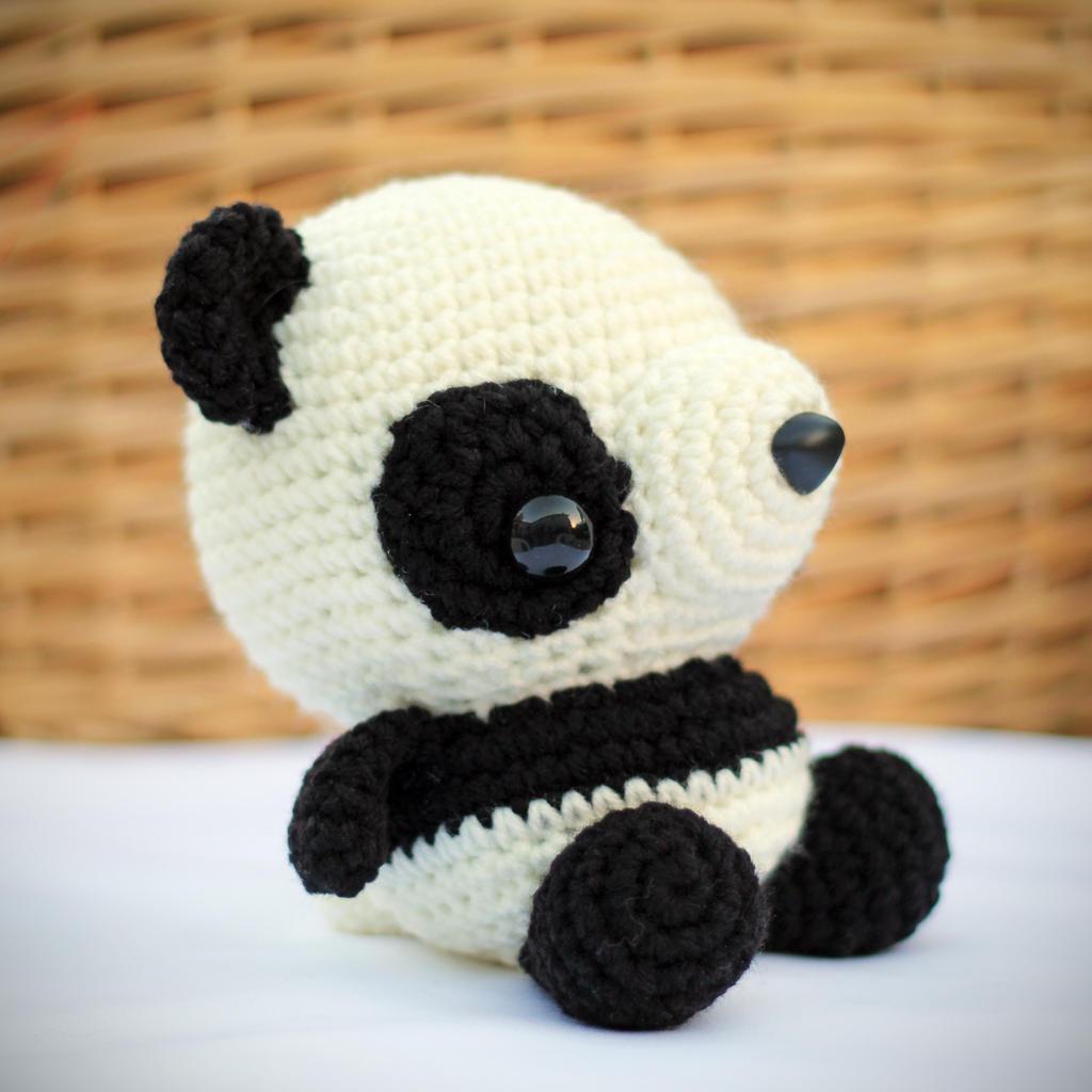 Amigurumi Patterns Panda Bear : Panda Amigurumi by cyellow on DeviantArt