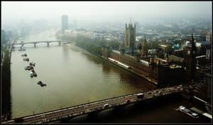 London.11: Thames.2 by CrLT