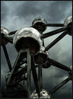 Brussels: Atomium.1 by CrLT