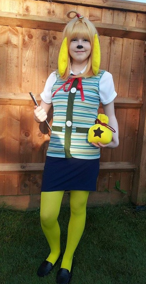 Isabelle/Shizue Animal Crossing New Leaf Cosplay by Meerkatgirl4321