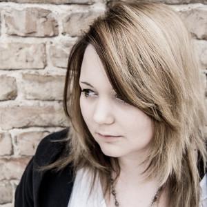 YomiNoUta's Profile Picture