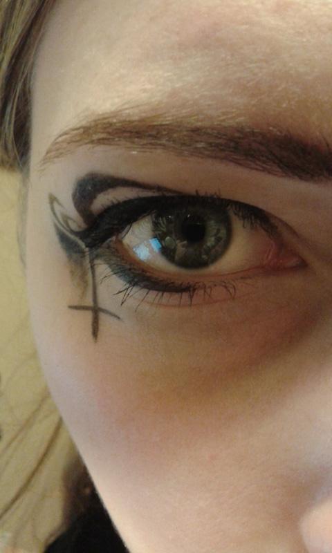 Eyeliner dark fantasy by LtTaiga