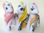 Henna Ponies Trio