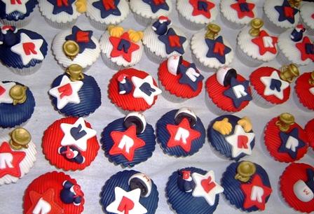 cupcakes sracer by anafuji