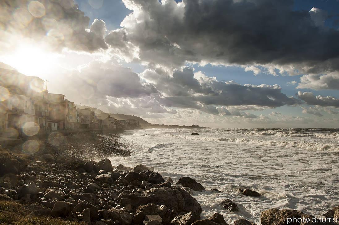 Marina di Caronia, Sicily. by rebelblues