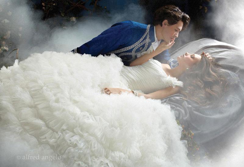 Aurora\'s wedding dress by giftedgoddessof-art on DeviantArt