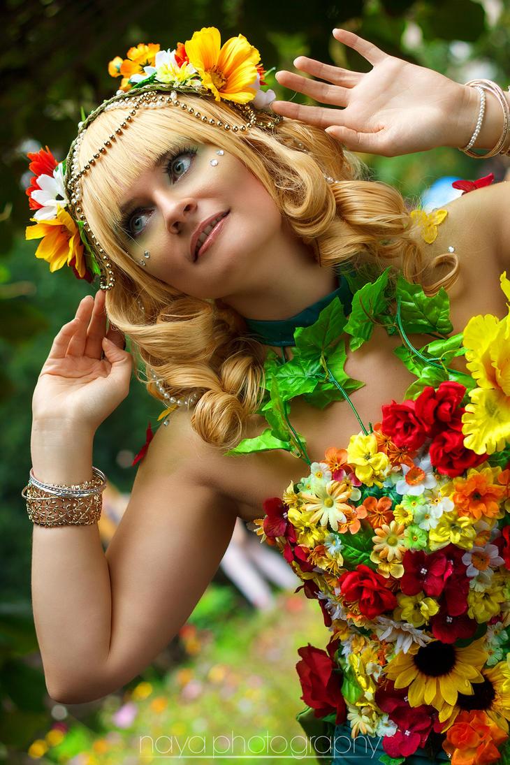 Flowergirl by goddessnaya
