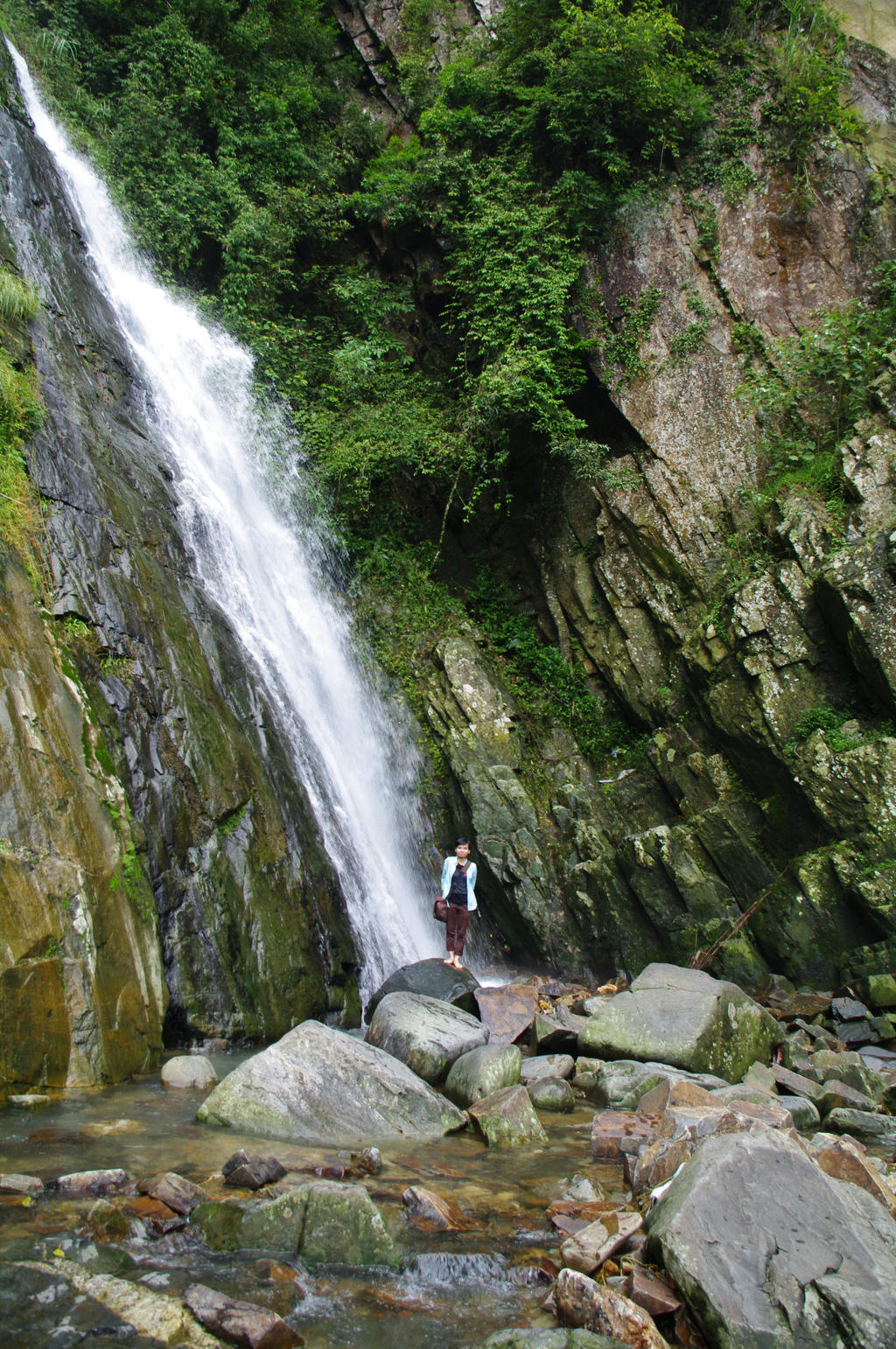 Tam Dao (Vinh Phuc) Vietnam  city pictures gallery : Bac waterfall. Tam Dao. Vinh Phuc. Vietnam by Chimom198 on DeviantArt