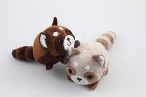 Pebble plushies: panda playtime!