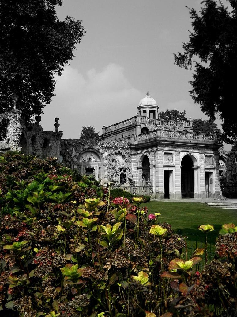 Villa Litta by SakuraRosencreutz