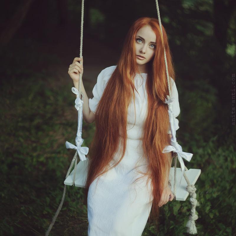 White swing by AnitaAnti on DeviantArt