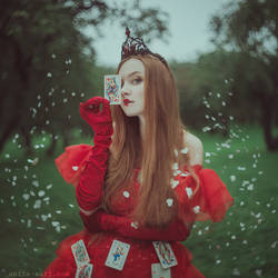 The Queen of Hearts by anyaanti