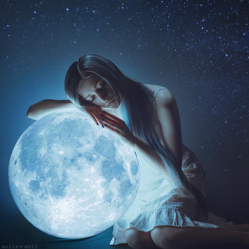 My Moon by AnitaAnti