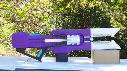Destiny 2 Coldheart Exotic Trace Rifle Prop 1 by JLMDesign