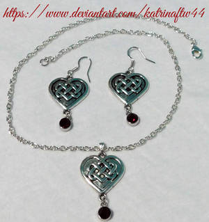 Faux Garnet Celtic Necklace Set
