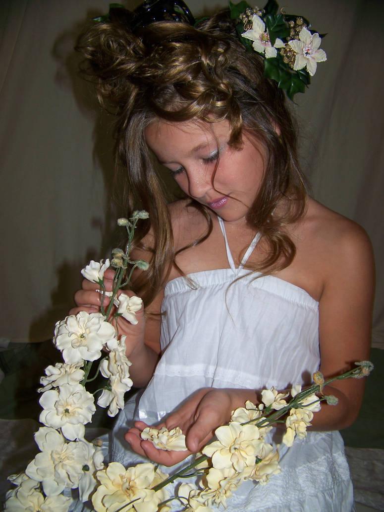 Carah White Flowers
