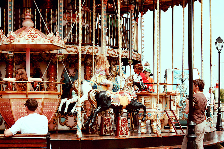 Carousel by LilP0p