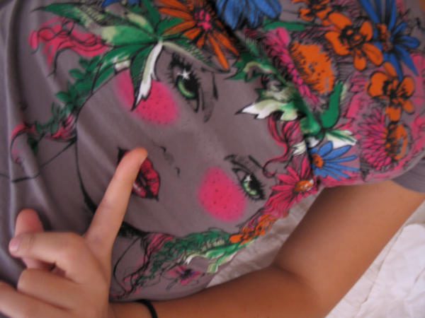 Rêver dans Coup de coeur Chut_shirt_by_Twing0