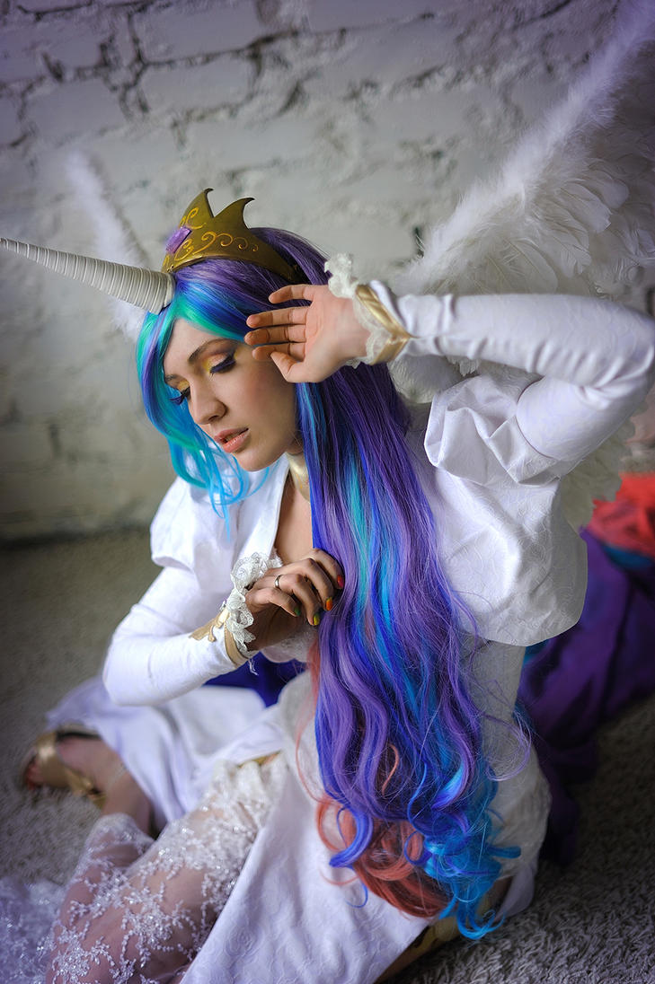 Princess Celestia 5 by neko-tin