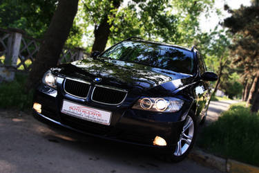 BMW 318d Touring 2