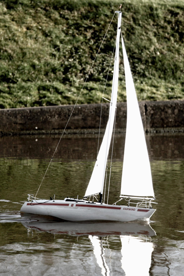 Fair Wind RC Yacht by camerajaguar