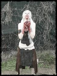 Daenerys Stormborn by PsYcHoWoNdErLaNd